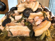 地域と畑の見えるいちばのランチ  やわらか豚バラと青菜の塩煮