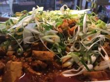 地域と畑の見えるいちばのランチ  揚げ豆腐の麻婆炒め
