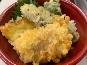 月間ご当地食堂 日替りは産直 夏野菜天ぷらの天丼