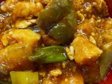 月間ご当地食堂 日替わりは糸魚川越の丸茄子 ごろごろたっぷり肉の 麻婆茄子丼