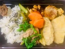 月間ご当地食堂 日替りは休日前のご当地食材ごちそうランチ