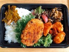 ご当地産直ランチ 日替りは糸魚川市 ブランド鶏翆鶏(みどり)のメンチカツ