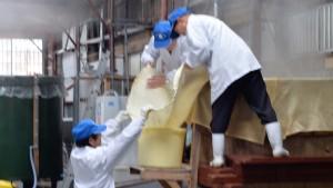 【福禄寿酒造】 わたしたちは、「愉しい酒」づくりを目指し日々精進しています。 仕込水や酒米にもこだわり、秋田県五城目の土地を感じていただけるよう日本酒に思いを込めて醸し続けて参ります。