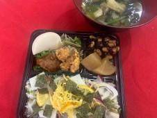 年内ラストランチはいちばの具沢山ご当地ちらし寿司と下関ふぐちり汁のセット
