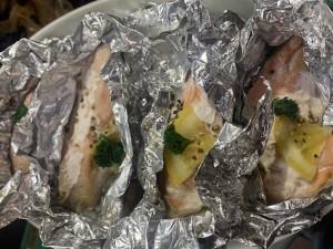 北海道鮭のさっぱりレモンホイル焼き