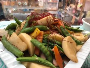 有機小かぶの野菜たっぷり中華炒め