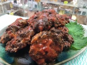 火曜・金曜はいちばのご当地弁当販売日! 本日の選べる主菜は松野町 まつのジビエのハンバーグトマトソース他