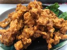 火曜・金曜はいちばのご当地弁当販売日! 本日の選べる主菜は国東のソウルフード!とり天、地タコの唐揚げなど